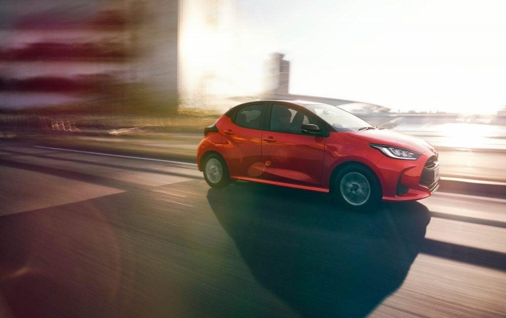 Toyota Yaris Hybrid 2020 hybrydowy kompakt Toyoty 05