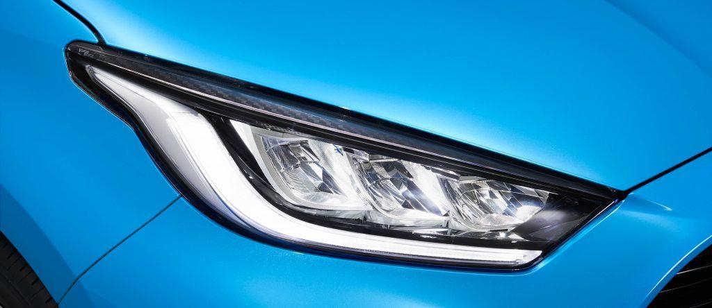 Toyota Yaris Hybrid 2020 hybrydowy kompakt Toyoty 30