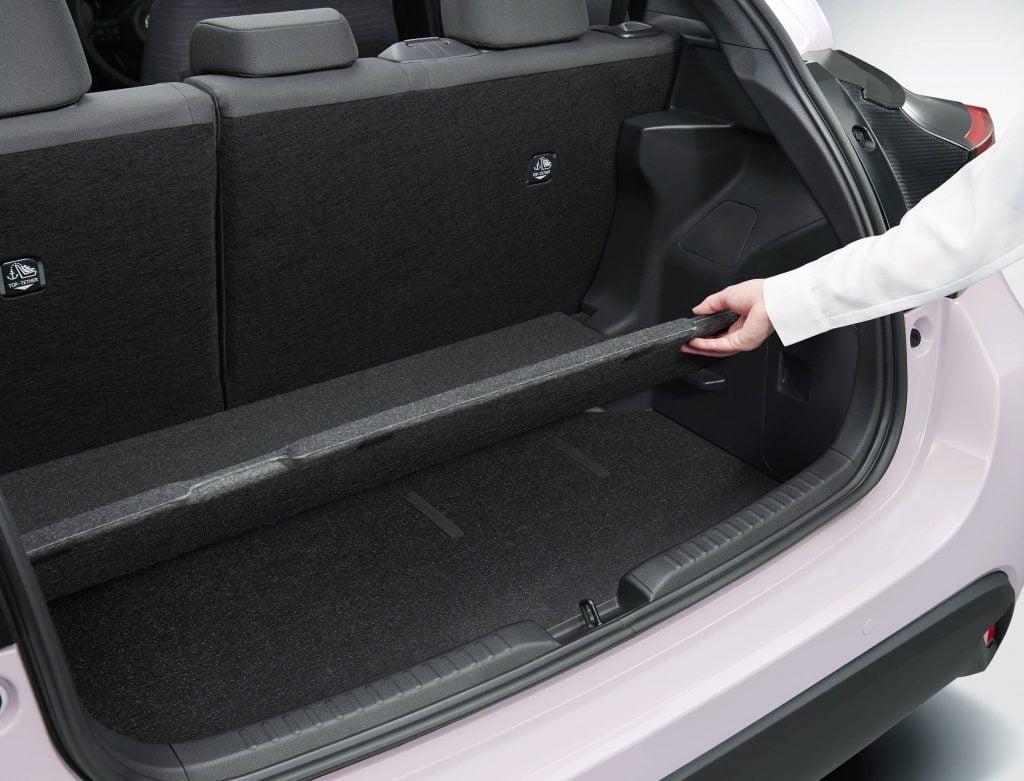 Toyota Yaris Hybrid 2020 hybrydowy kompakt Toyoty 44