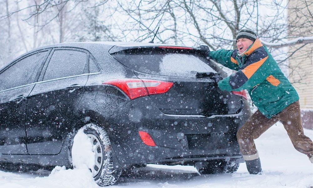 Czy odpalanie samochodu na pych jest bezpiecznie dla jego silnika?