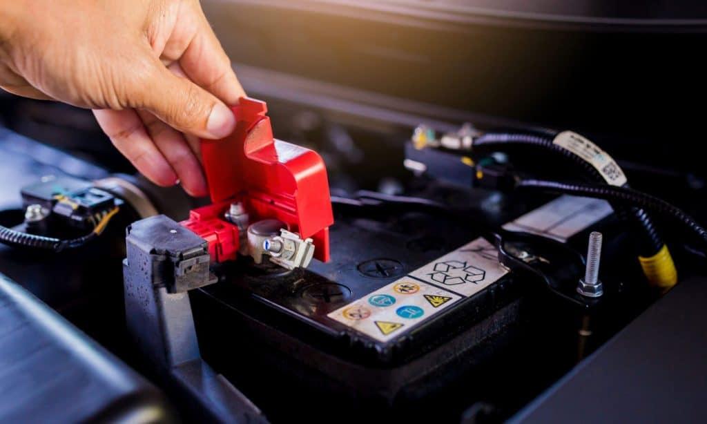Rodzaje akumulatorow samochodowych a zima