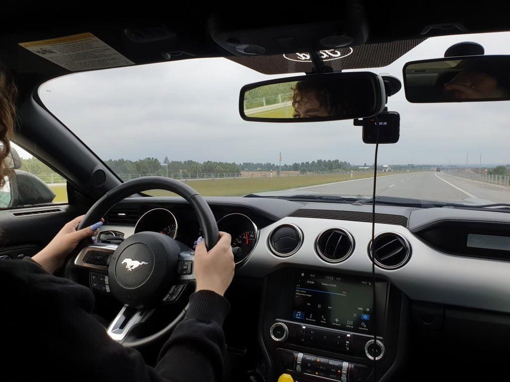 Nauka jazdy w Szkole Nauki Jazdy Progress Fordem Mustangiem,