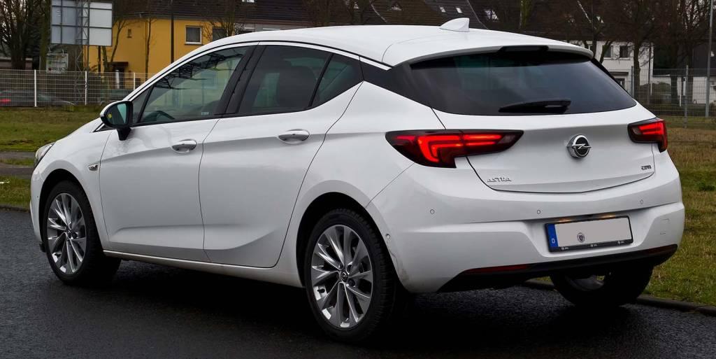 Opel Astra K – dane techniczne dostepne wersje silniki opinie 1 1